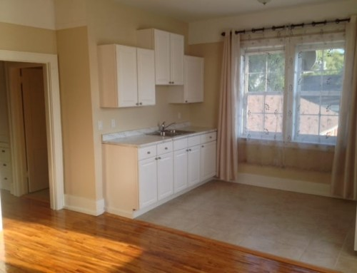Beautifuly renovated 2Br apartment in Village of Point Edward